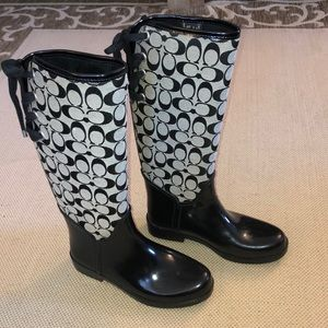 Coach monogrammed rain boots - size 8